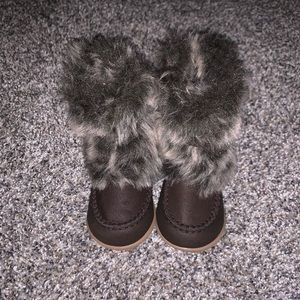 Toddler girl brown fur boots